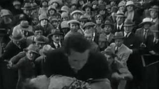 [Great Film Scenes] The Crowd (1928) - John wins $500