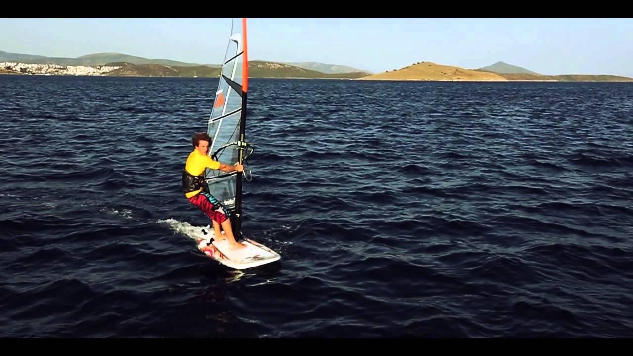 1  Intermediate Windsurfing - The Tack
