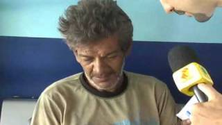 velho gay e preso por tentar fazer sexo no meio da rua em plena luz do dia com indio