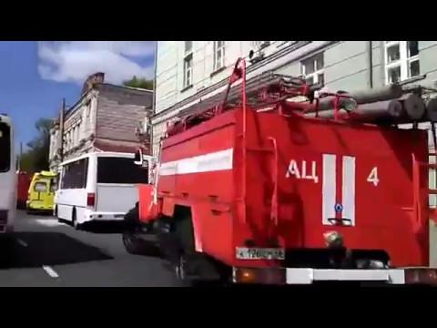 Курск. На Дзержинского загорелся автобус с пассажирами