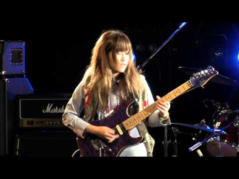 Miki Kato - Fuzz Universe(Paul Gilbert) - Live 2011/12/25-