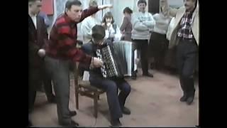 Игра на баяне. Цыганочка с выходом 1995 год.