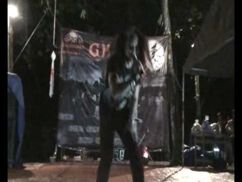Anmetal trong dem Ghost Camp
