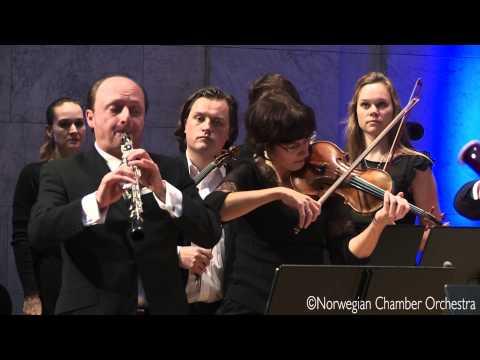 J. S. Bach - Orchestral Suite No. 1 in C major, BWV 1066 - 3. Gavotte 1 & 2