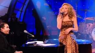 """Dave Swift on Bass with Jools Holland backing Kylie Minogue """"Try Your Wings"""""""