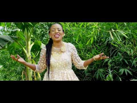 MoniQue - Way Maker [Feat. Sammie Okposo] (Official Music Video)