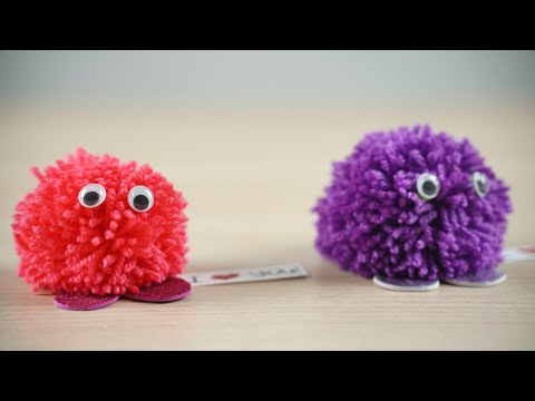 diy-yarn-pom-pom-monster-with-message-for-valentine's-day