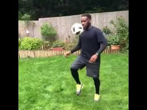 Download Jay Jay Okocha dancing shaku shaku while juggling a ball. #Subscribe after watching