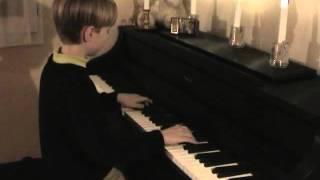 """Chi Mai au Piano (Ennio Morricone) , Film """"Le Professionnel"""""""