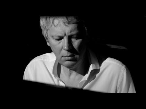 S.Slavsky | Sailing | Instrumental Music | Piano Music | New Age Art | Pianist Composer |