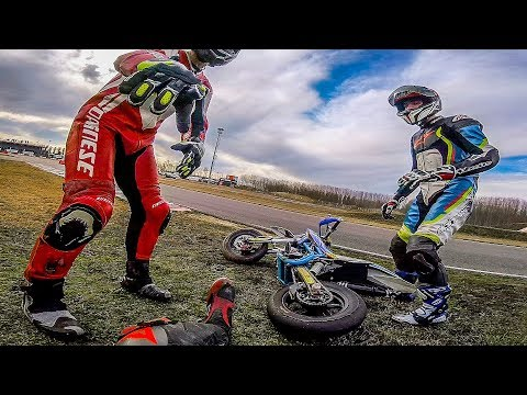 MI SONO ROTTO 6 OSSA IN MOTO - RACING IS LIFE 2019 EP.1