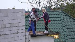 Zorica Markovic na bagiju i na krovu nove kuće!