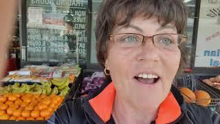Фруктовый магазин в Австралии .Цены на овощи и фрукты пельмени варенье русские продукты.Сидней