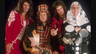 Watch Slade Santa Claus Is Coming To Town video