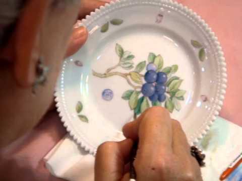 Royal Copenhagen Flora Danica Painters--- Master Judith Sørensen in Taipei Sogo