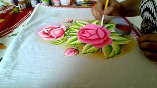 Ensinando a pintar rosas cor de rosa com Lia Ribeiro