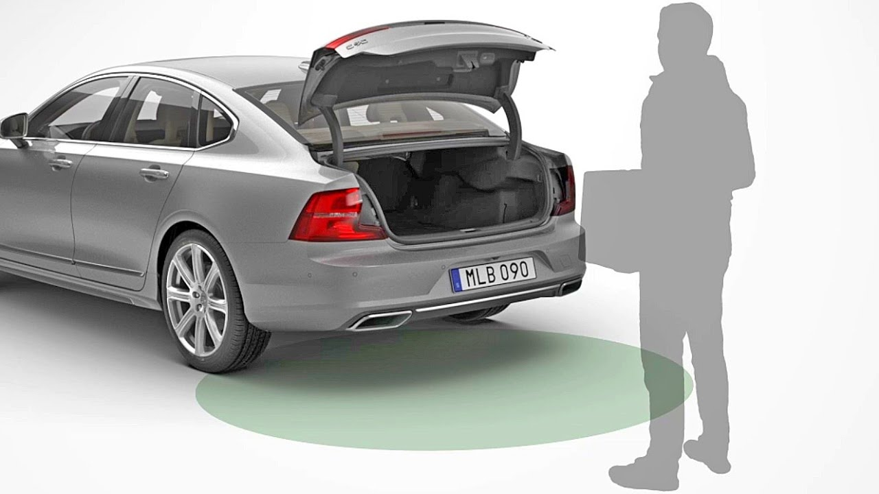 2016 Volvo S90  Close The Boot Lid With Foot
