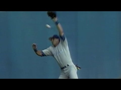 Martinez homer aided by Canseco's head