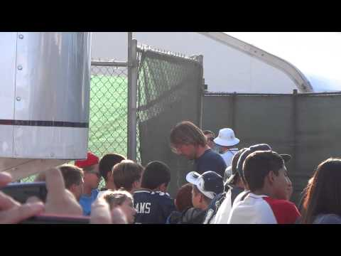 Kyle Orton Signing Autographs At Cowboys Training Camp -- iFolloSports.com