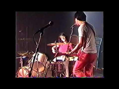 white-stripes-@-magic-stick-2001