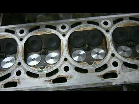 Фото к видео: VW GOLF 4 (AXP 1.4) - Замена клапанов и ремня ГРМ