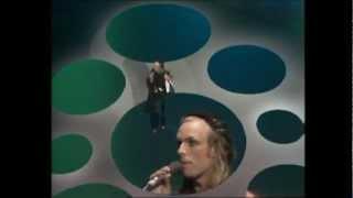 Brian Eno - Seven Deadly Finns (Live - 1974)