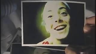 AUTORRETRATO CON OJOS CERRADOS ( de Matías Meyer 2003 )