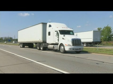 Trucking companies begging for drivers during shortage