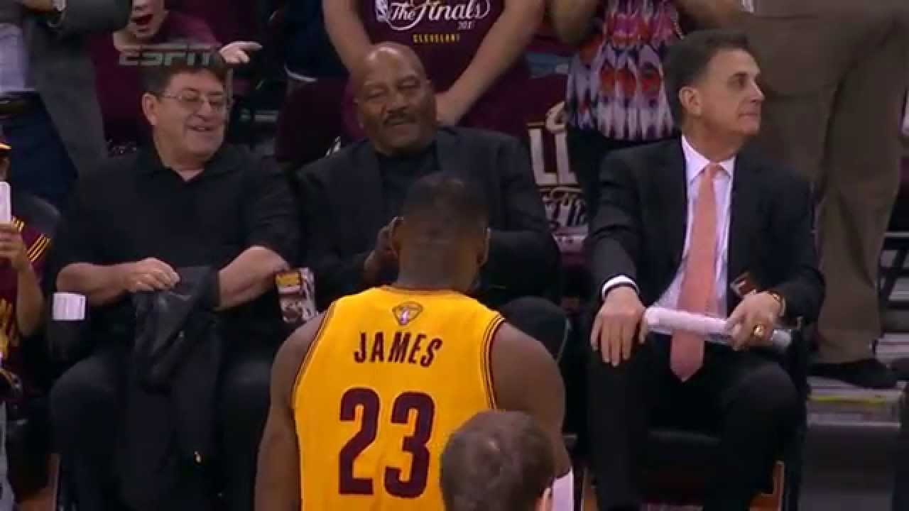 0cd2d0ad195 LeBron James Pays Tribute to Jim Brown Pregame - YouTube