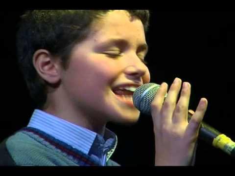 finale music festival astro nascente 30.12.12 domenico sansone canta tu che sei mio fratello