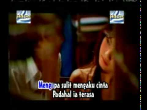 Acha Feat Irwansyah - Ada Cinta.flv