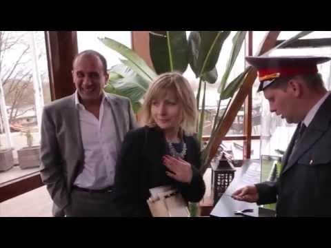 Видео Розовые трусики в черный горошек фото