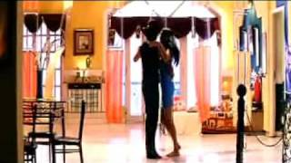 Un thalai Mudi - Kadhalil Vizhunthen (  Tamil Song 2009 ) Sunaina hot