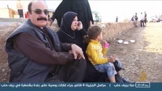 سكان حمام العليل يغادرون بلدتهم بحثا عن الأمان