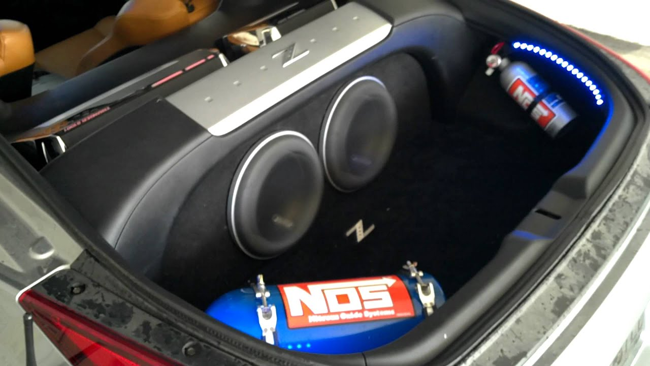 350z With 2 Jl Audio 10w7 In A Sealed Box Youtube
