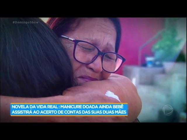 Geraldo acompanha acerto de contas entre mães biológica e adotiva de Fabiana