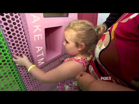 Honey Boo Boo visits the Sprinkles Cupcake ATM!
