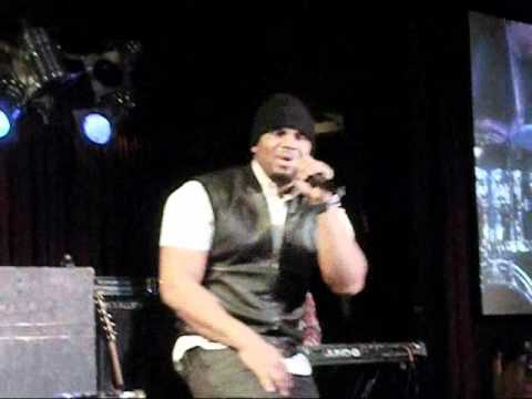 "Avant ""Lie About Us"" Live at B.B. Kings in NYC 12/10/10"