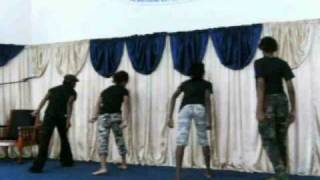 "Cece Winans ""Waging War"" by Prophetic Dancers"