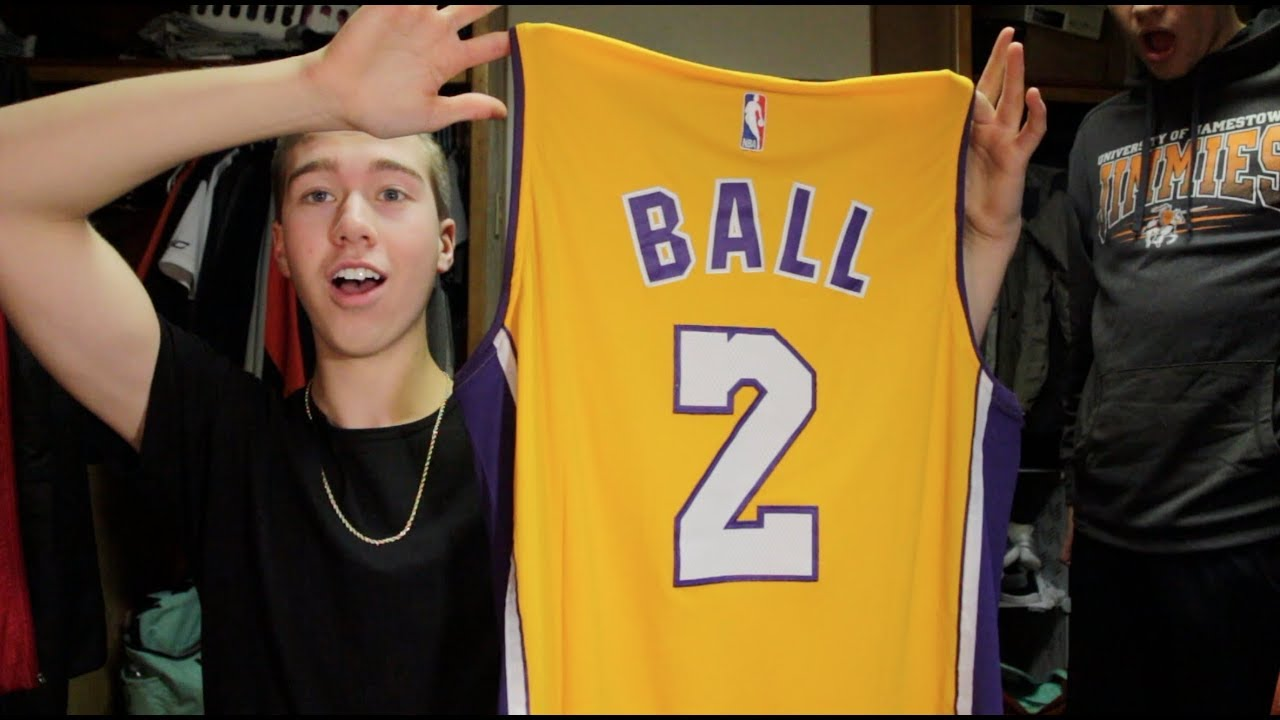 online store 2743b f4542 Lonzo Ball Lakers Nike Jersey Unboxing! Yellow Colorway! Unboxing from Ebay!