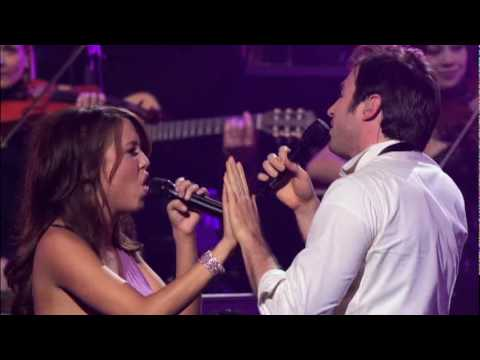 Nei Tuoi Occhi (In The Mirror) - Nathan Pacheco and Chloe: Yanni Voices Concert (Acapulco 2008)