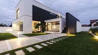 Modern C House - Modern House Design With Simple  Black And White Colors Combined With Amazing Shape