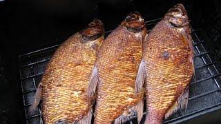 Копчение рыбы в домашних условиях. Самодельная коптильня для рыбы видео.(Копчение рыбы в домашних условиях. Самодельная коптильня для рыбы видео- в этом видео я расскажу вам как..., 2015-08-16T13:26:04.000Z)