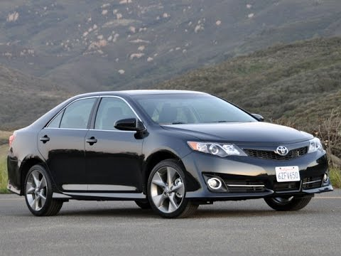 Toyota Camry 2013 Top Speed on busy road - YouTube