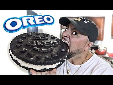 DIY GIANT OREO COOKIE!!