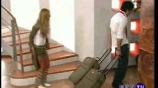 Mia conoce a Sabrina - Rebelde - RBD