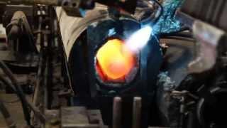 Изготовление баллона(Небольшой эпизод изготовления баллона, который нам предоставила российско-немецкая компания Eurocylinder Systems..., 2015-12-01T11:04:04.000Z)
