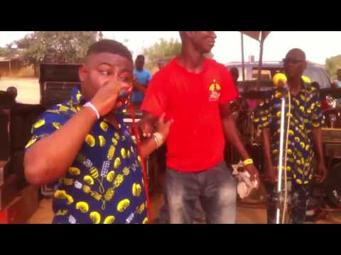 Adofo Jnr performed Owuo Mpaso part two ( Ena Pa ) composed by his Dad Obuoba J A Adofo