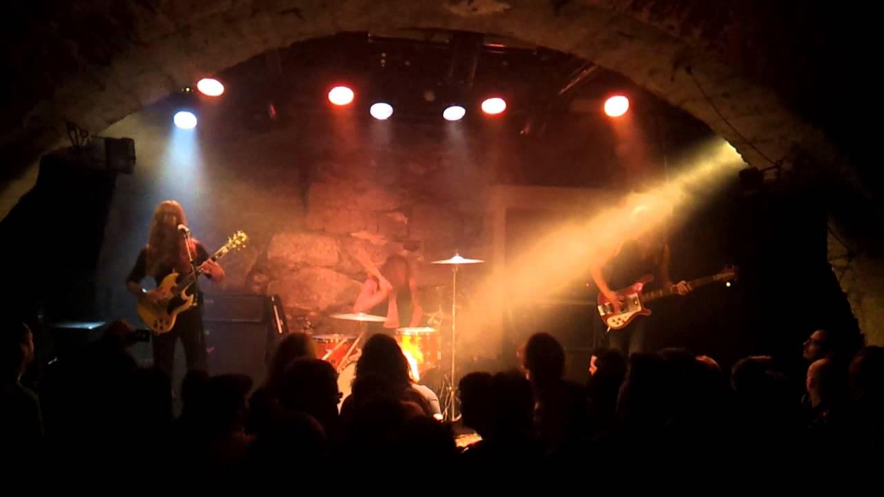 Les Caves Du Manoir kadavar - les caves du manoir @ martigny (suisse) - 19.10