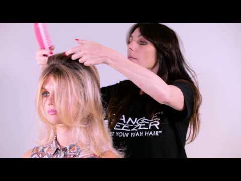 The Ultimate Finishing Hairbrush von Tangle Teezer® im Salon